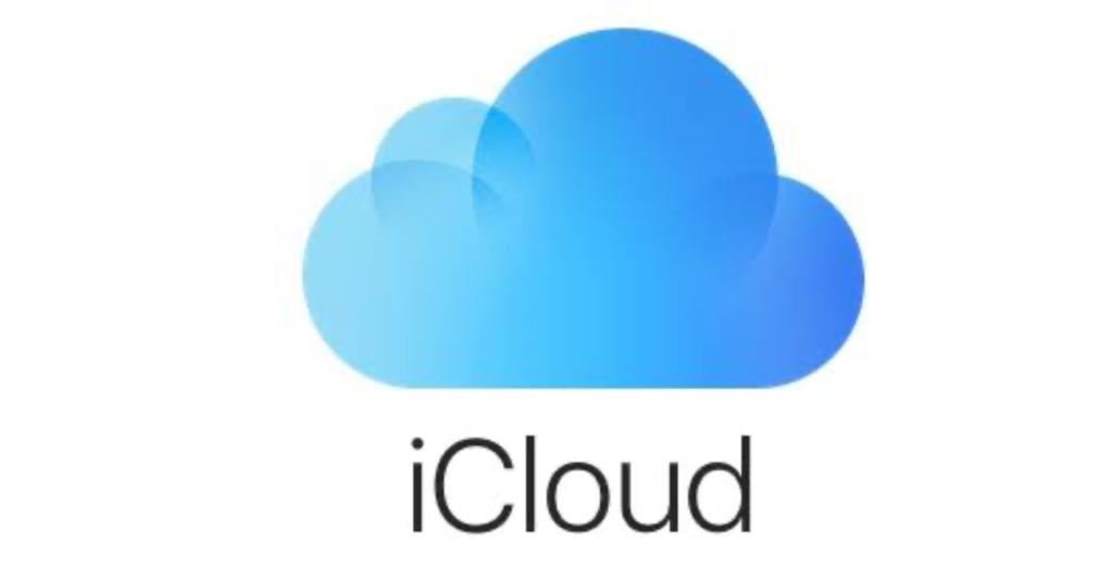 icloudに保存していれば外出先でもデータが見れる